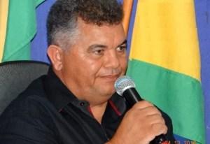 Prefeito da Cidade de Santa Teresinha (PE) anuncia redução do próprio salário, de secretários e comissionados