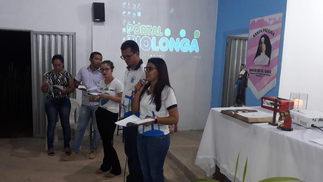 Membros da Pastoral Familiar iniciaram a celebração do Livro Hora da Família em Esperantina