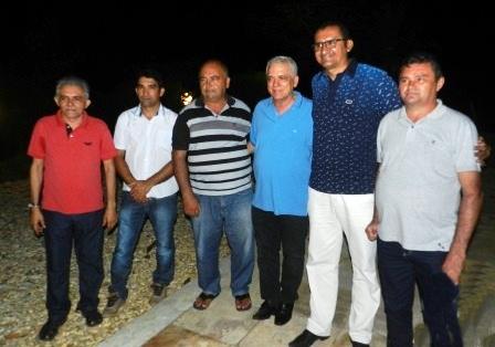 Themistocles Filho reuniu diversas lideranças políticas em sua residência em Esperantina