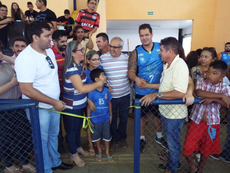 Prefeita Vilma Amorim agradece ao ex-deputado Marllos Sampaio por ter destinado emenda para reforma do Ginásio