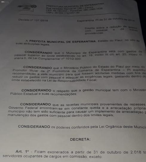 Prefeita de Esperantina publica Decreto exonerando todos os comissionados e prestadores de serviço