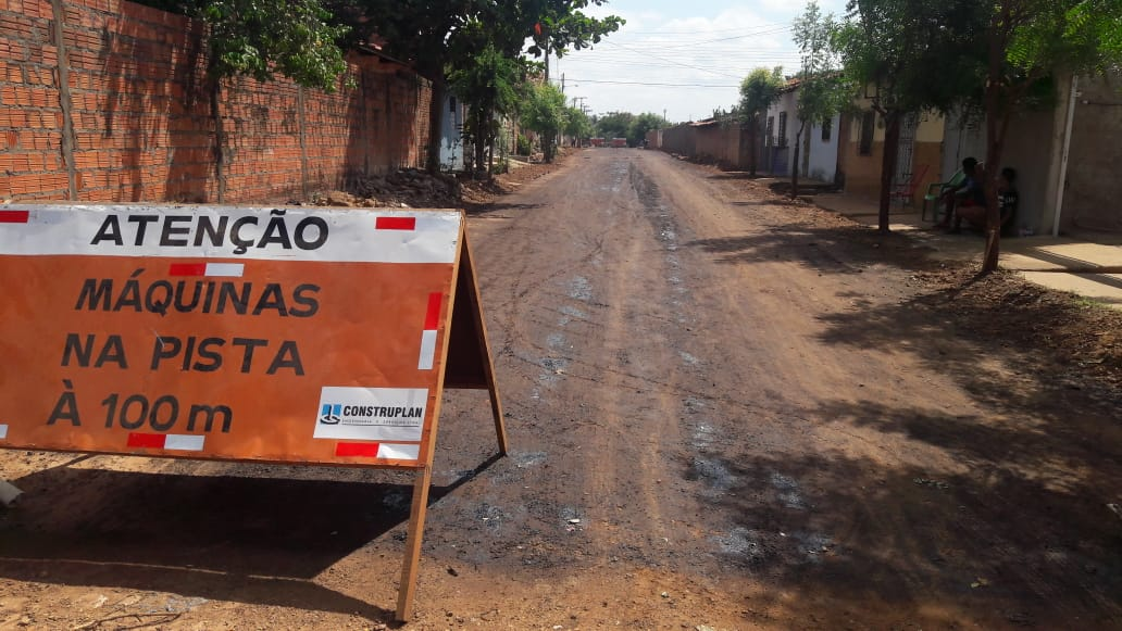 Obra de pavimentação asfáltica continua a todo vapor em Esperantina