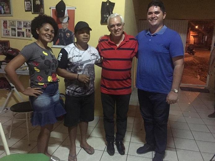 Deputado Themístocles Filho percorre várias cidades do Piauí agradecendo os votos que obteve