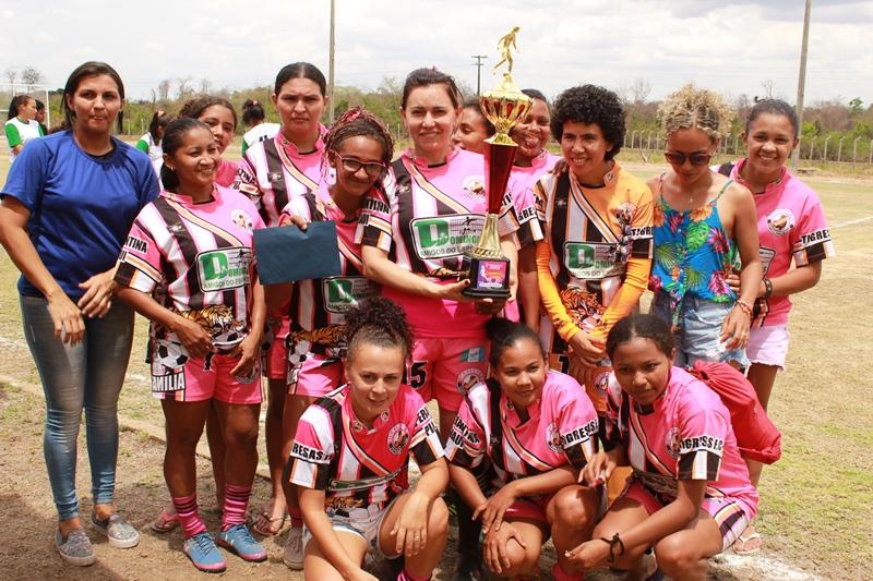 Ivanaria Sampaio realizou o 1º Torneio de Futebol Feminino da Fazenda Palestina em Esperantina