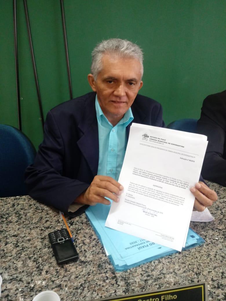 Vereador Castro solicita emenda parlamentar para instalação de rede elétrica no balão da PI 214