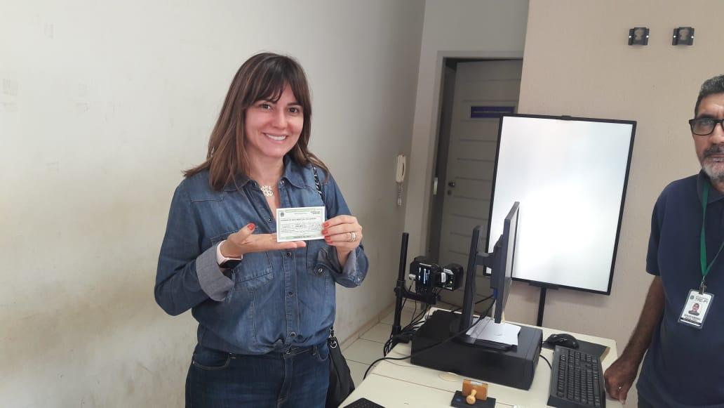 Ivanária Sampaio transferiu domicilio eleitoral para o município de Esperantina