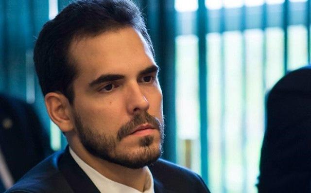 Deputado Marcos Aurélio condena cortes e defende atos pontuais