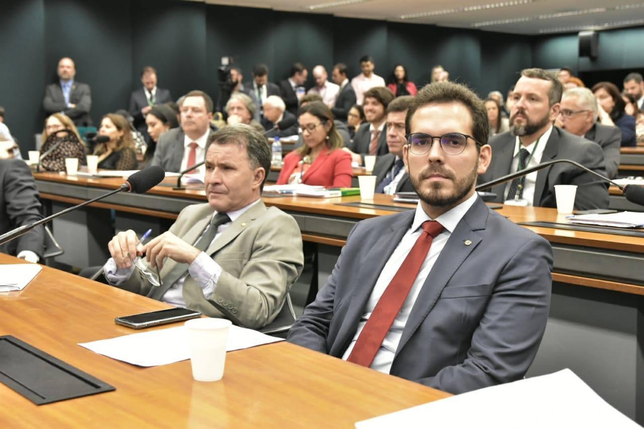 Deputado Marcos Aurélio quer alerta para criminosos hediondos via SMS e redes sociais
