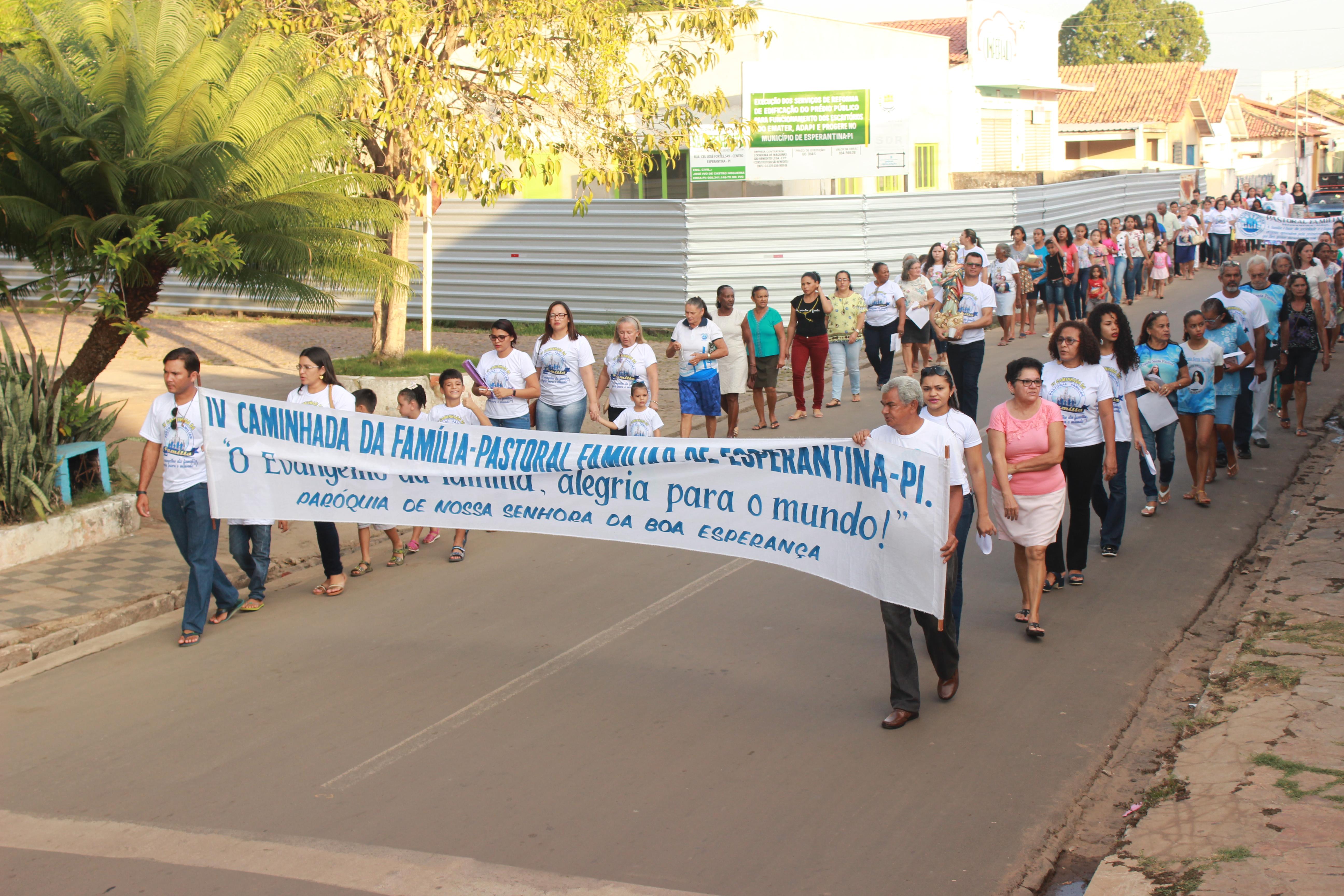 Pastoral Familiar de Esperantina está realizando encontros alusivos a Semana Nacional da Família