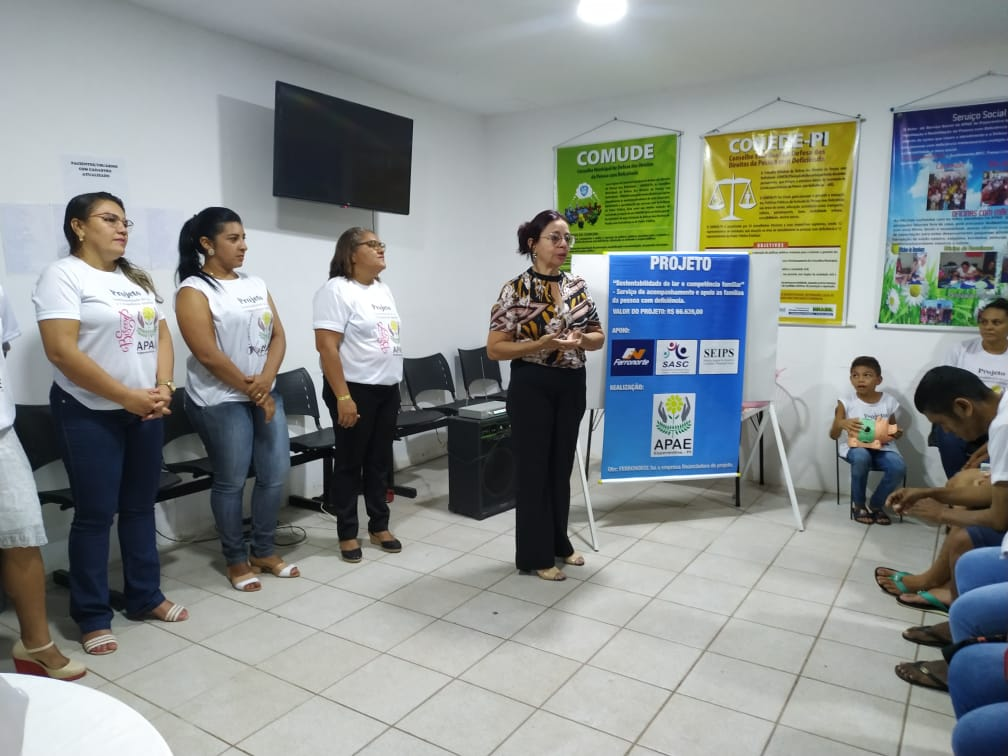 APAE de Esperantina executa projeto sobre Sustentabilidade do lar e competência familiar
