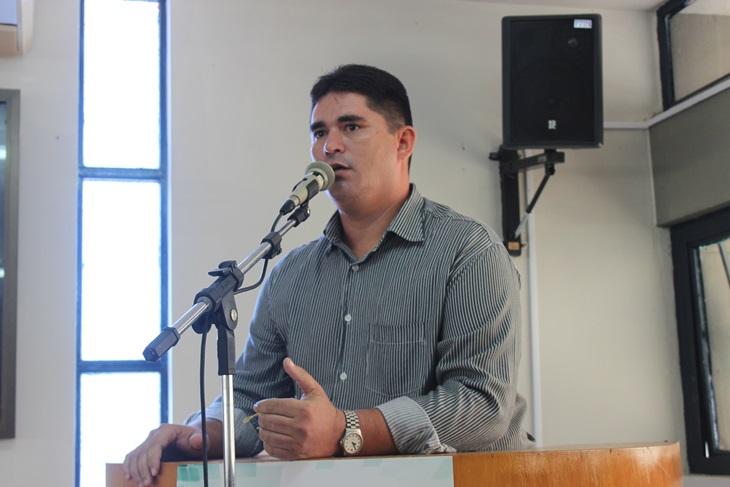 Vereador de Batalha solicita da prefeitura o pagamento de 40% de insalubridade para os profissionais da saúde