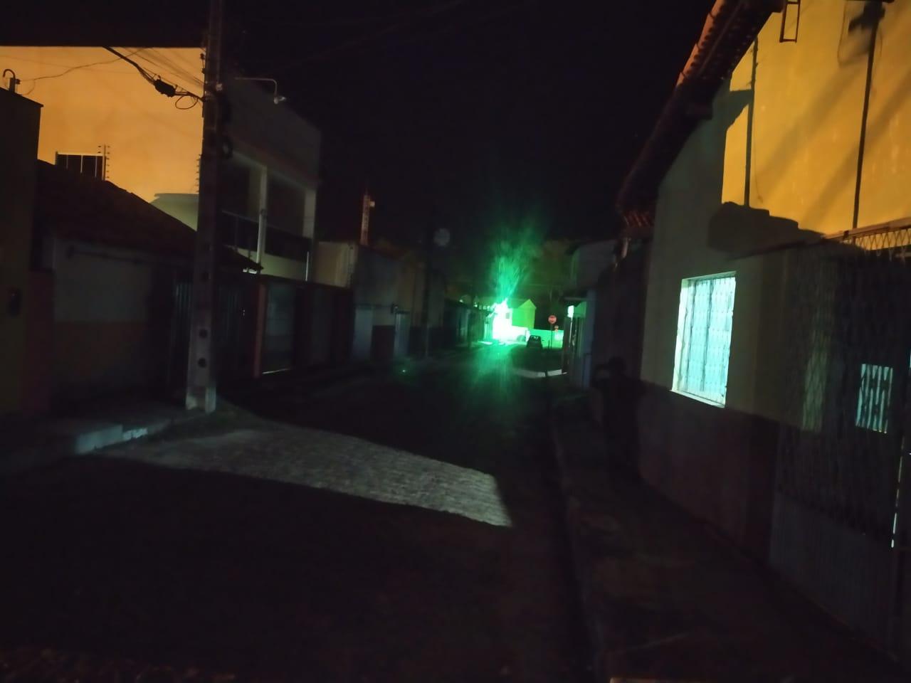 Moradores reclamam da escuridão nas ruas do centro de Esperantina