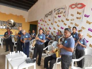 CRAS realiza carnaval para grupo de idosos em Esperantina