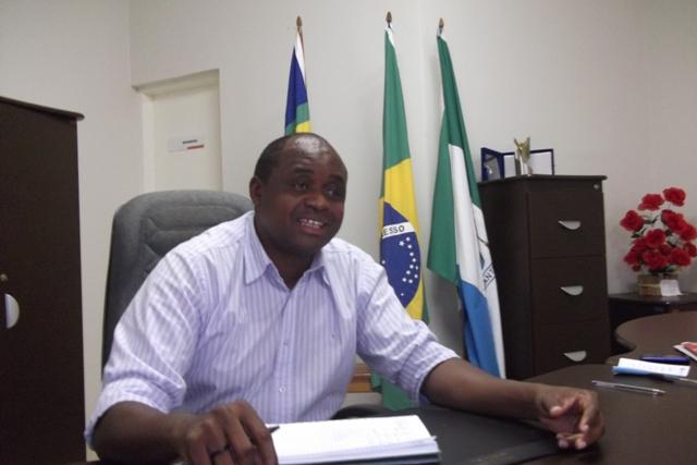 Justiça Eleitoral INDEFERE registro de candidatura do prefeito de Esperantina Chico Antonio (PT)