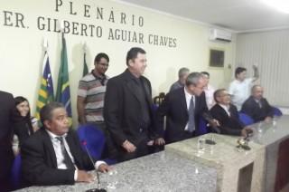 Câmara de Esperantina entrega Título de Cidadão Esperantinense ao senhor Alcides Maia
