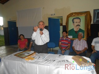 "Escritor Esperantinense é homenageado durante solenidade de lançamento do cordel ""O Vaqueiro do Piauí"""