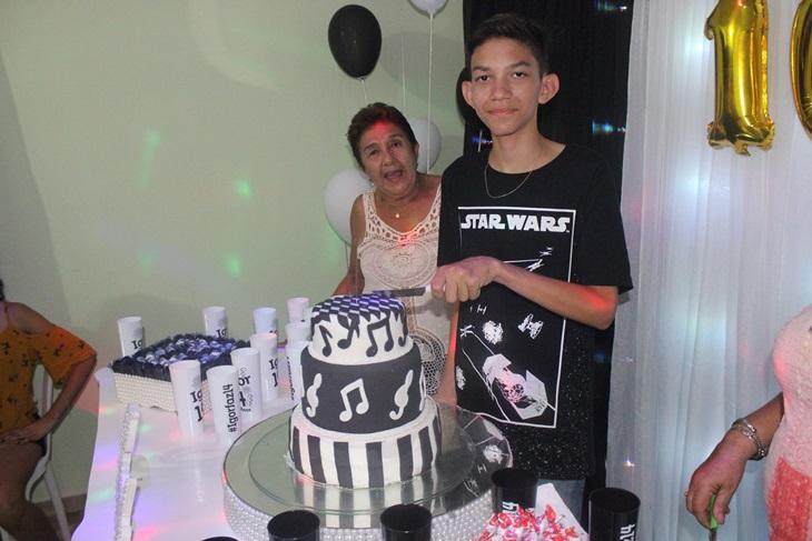 Cobertura do aniversário de 14 anos do Igor Machado