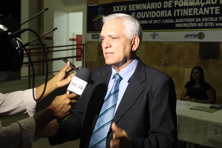 Deputado Themístocles Filho fala sobre o andamento de obras em Esperantina e região