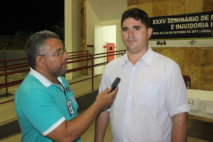 Vereador Nerioston apresenta projeto de lei criando o Dia Municipal de combate ao Feminicídio