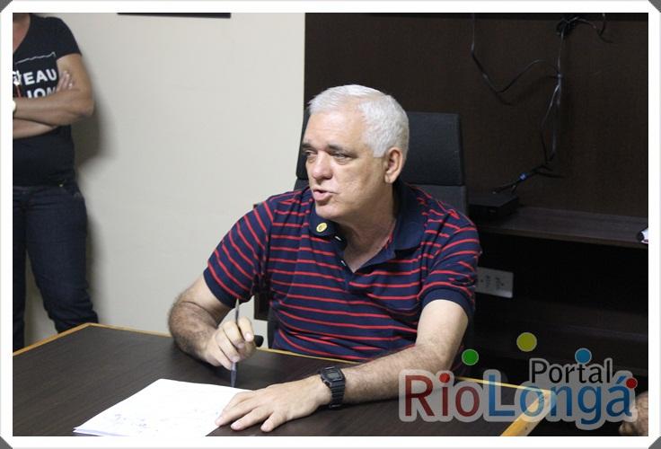 Presidente da ALEPI participa de reunião política em Esperantina