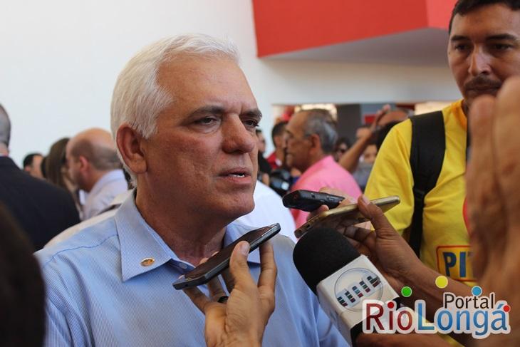 Themístocles Filho propõe a criação de Batalhão da PM em Esperantina
