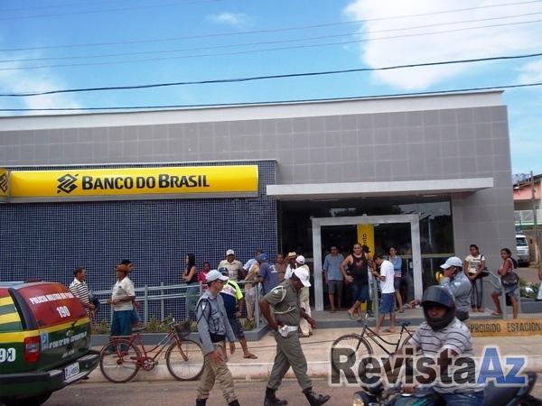 Movimentação intensa no 1º dia de funcionamento da nova Agência do BB em Esperantina