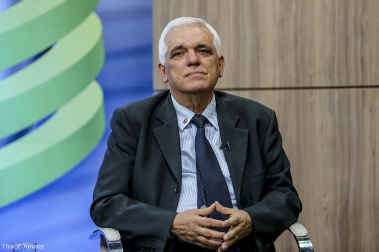 Themístocles Filho cobra melhorias para o fornecimento de energia elétrica no Piauí