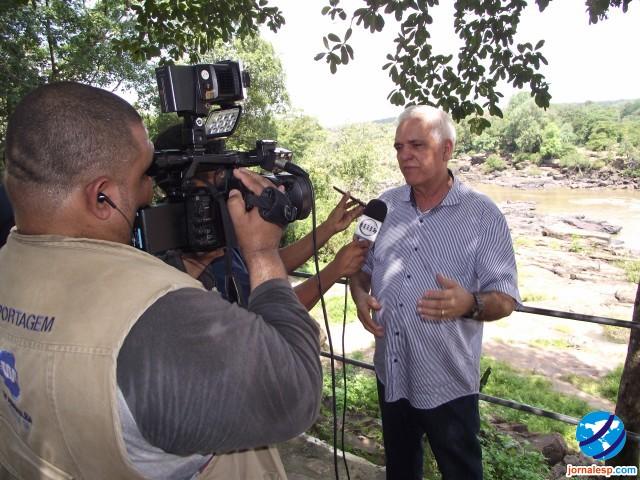 Deputado Themistocles Filho faz visita a Cachoeira do Urubu ao lado do Secretário de Turismo