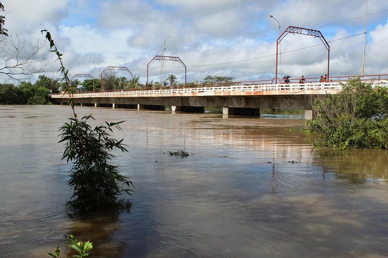 Rio Longá em Esperantina atinge quase 8 metros acima do seu nível normal e deixa moradores em alerta