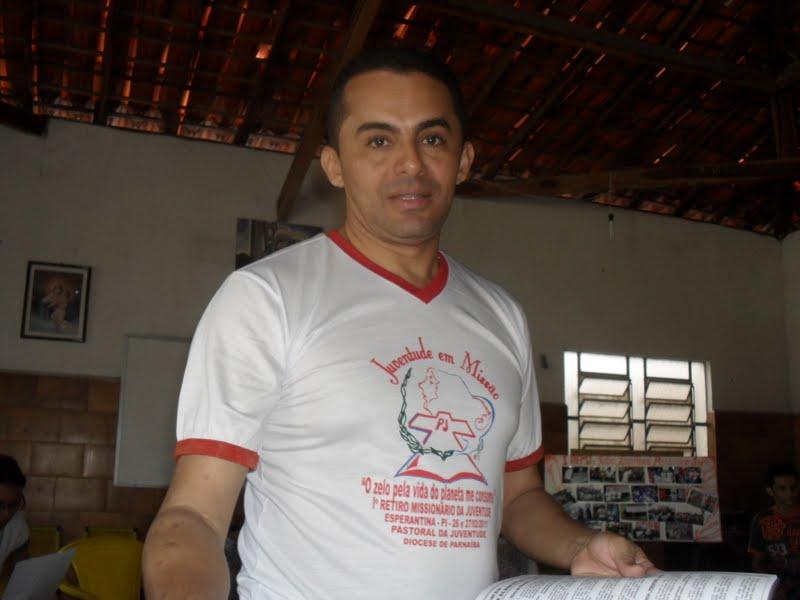 Morre em Teresina Padre Everaldo Ramos pároco do município de Cocal