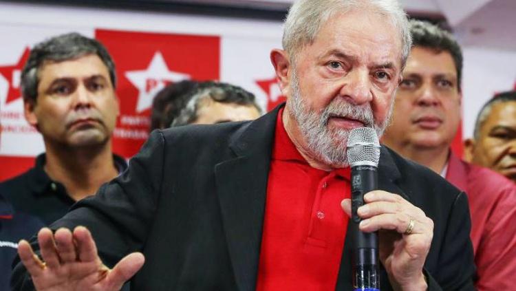 Pesquisa do Datafolha aponta que 53% querem Lula preso
