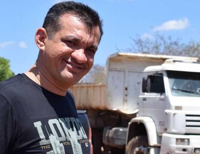 Devido a crise prefeito reduz seu próprio salário
