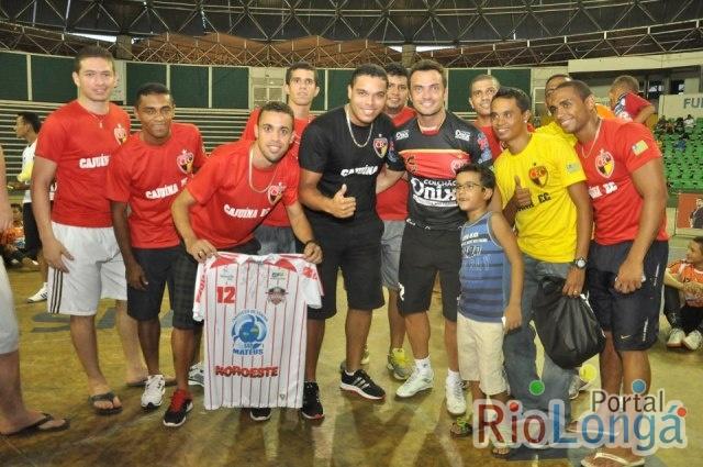 Melhor jogador de Futsal do mundo veste a camisa do Cajuína