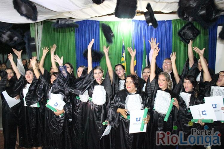 Polo da Unopar de Esperantina realizou grande festa de formatura