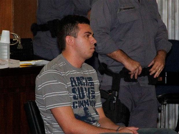 Justiça condena Lindemberg Alves a 98 anos e 10 meses de prisão