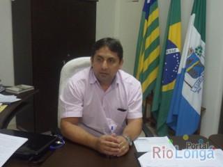 Prefeito de Esperantina faz alterações no secretariado em cumprimento a Emenda Constitucional