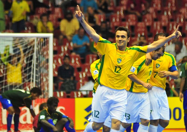 Seleção Brasileira de Futsal chega a Teresina e confronta piauienses
