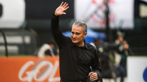Tite assina contrato e retorna ao comando do Corinthians