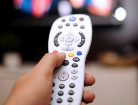 Chuva aumenta os casos de pane em internet, TV paga e telefone